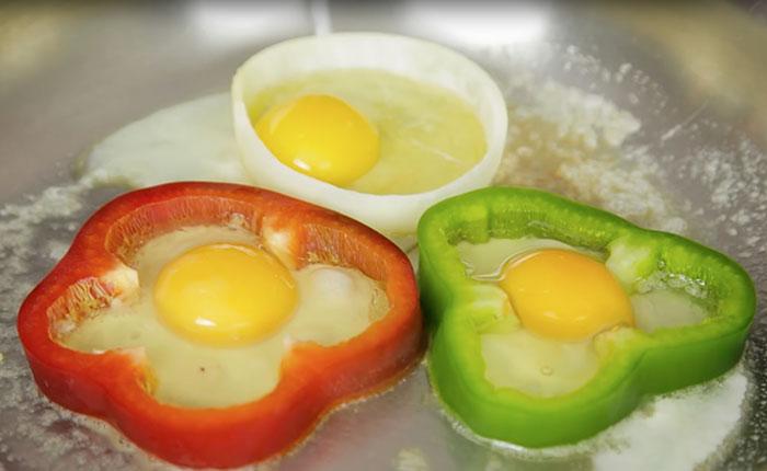 Fun cooking tricks - Egg Cooking Trick