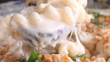 Cheese Maker's Mac And Cheese