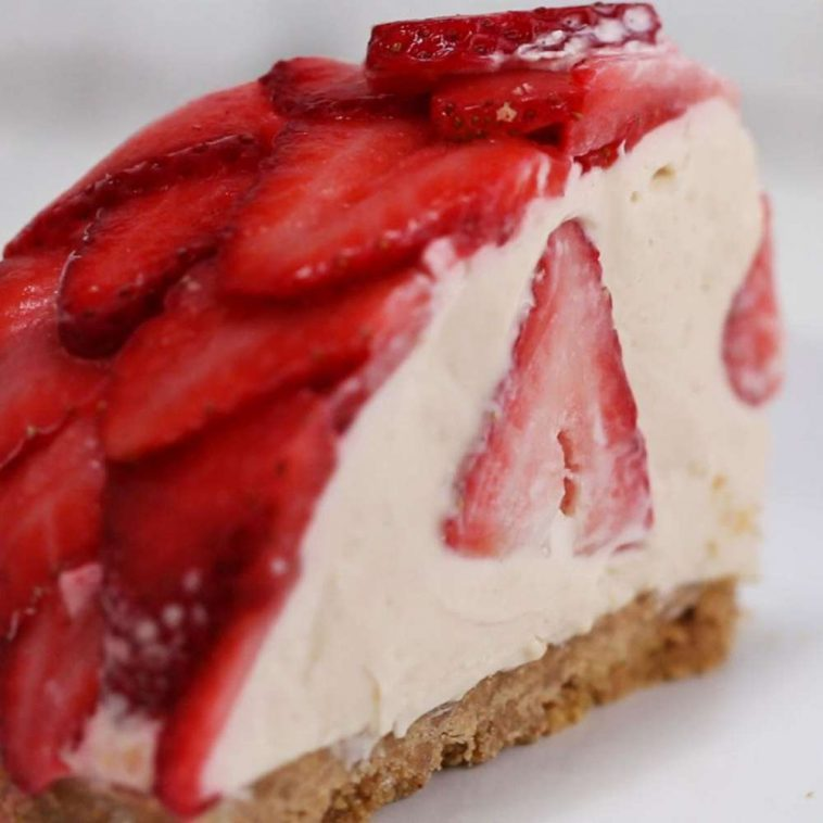 No Bake Strawberry Cheesecake Dome