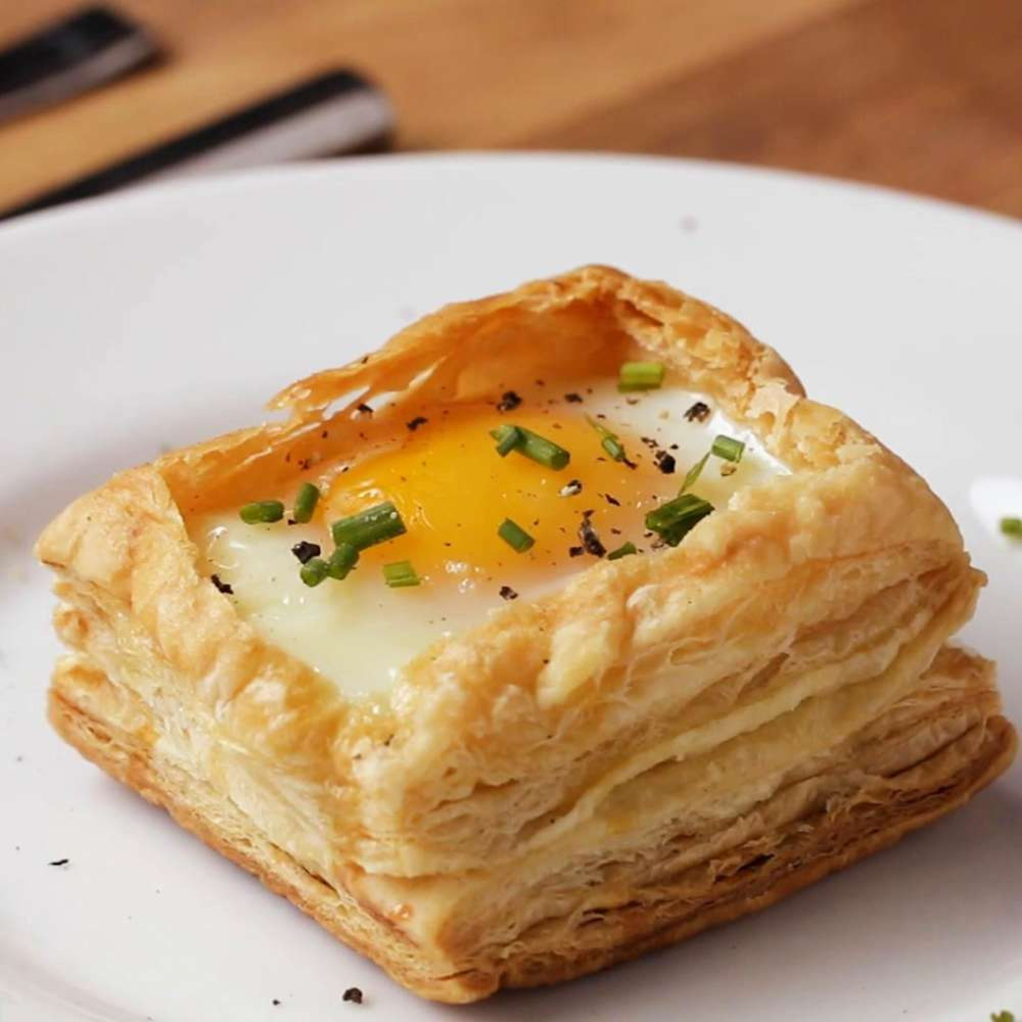 Puff Pastry Breakfast Cups