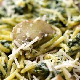 Spinach Mushroom Pesto Spaghetti